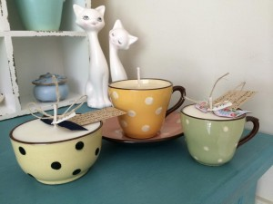 spotty cups and bowl